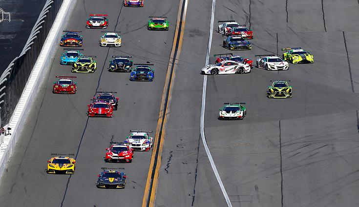 Rolex 24h at Daytona 2021: Hour 1
