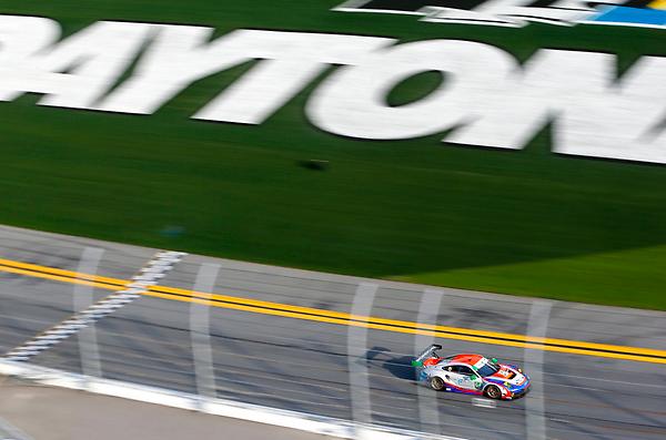 Rolex 24h at Daytona 2021: Hour 19
