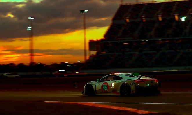 Rolex 24h at Daytona 2021: Hour 3