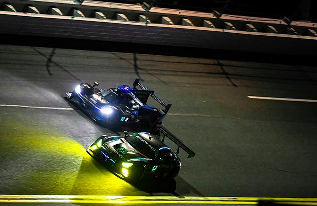 Rolex 24h at Daytona 2021: Hour 7